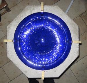 Blauer glaseinsatz